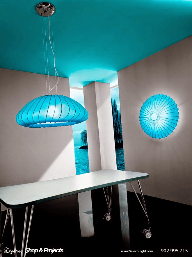 Muse Lamp - Sandro Santantonio