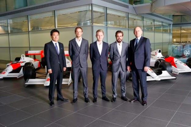 Fernando Alonso y Jenson Button, pilotos de McLaren