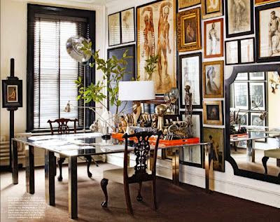great gallery wall in this home office