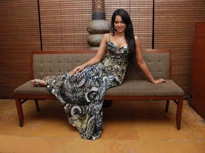 Anushka Shetty in white chudidar