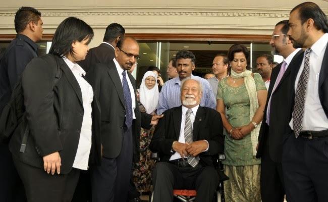 Kata Hasutan Terhadap Sultan Perak: Karpal Singh Diputuskan Bersalah