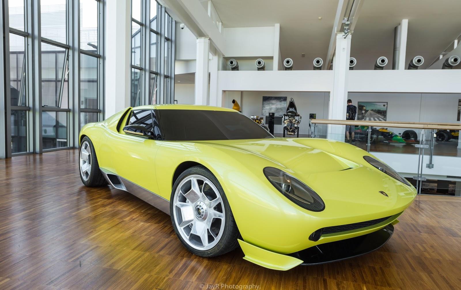 Lamborghini Miura Concept.