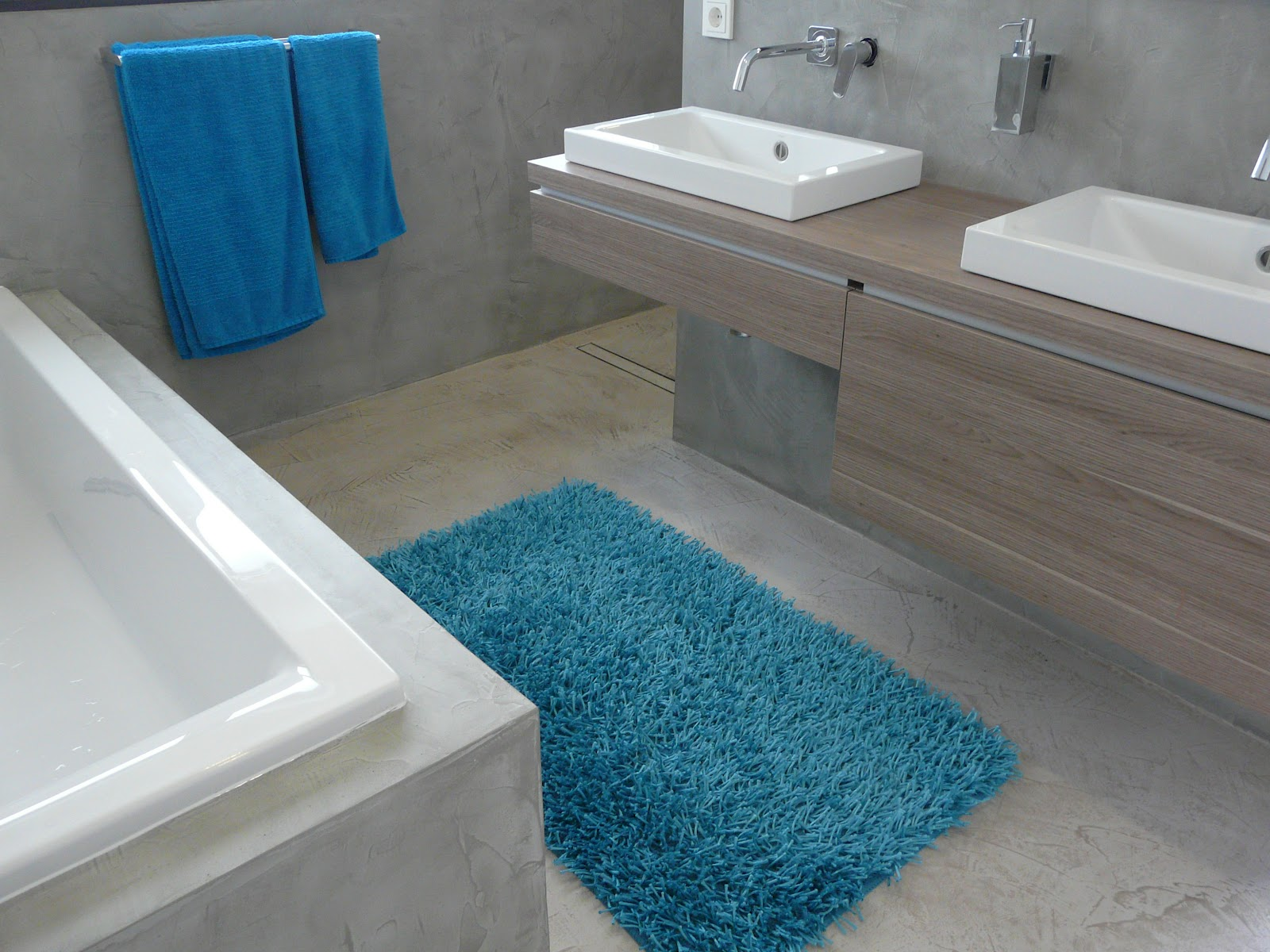 Wand wohndesign beton cire beton cir bad in betonoptik for Wohndesign 2