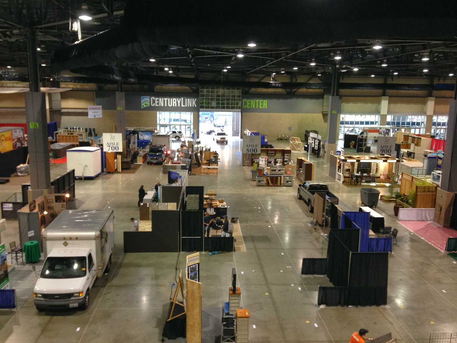 It Is The Sound And Sight Of Cranes Bringing In Garden Compost, Hammers  Swinging And Saws In Action As Seattle Home Show 2 Exhibitors Prepare For  Opening ...