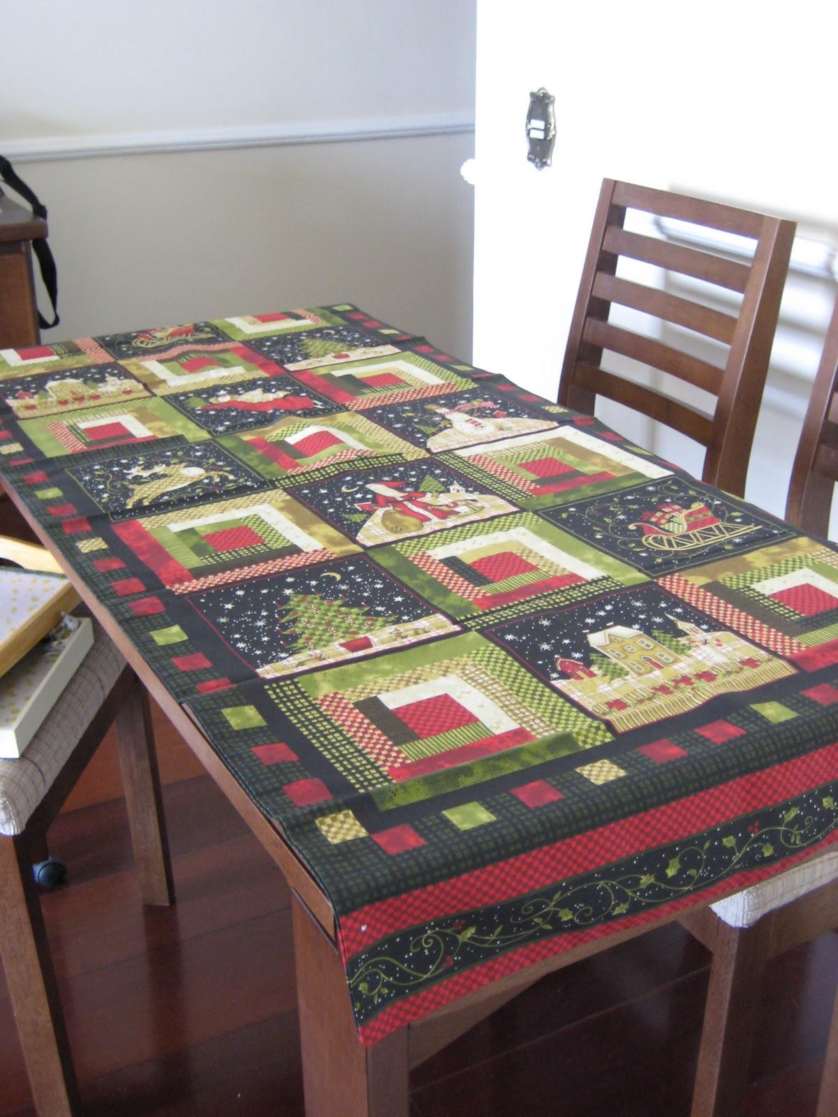 Fazendo Arte: Caminho de mesa natalino
