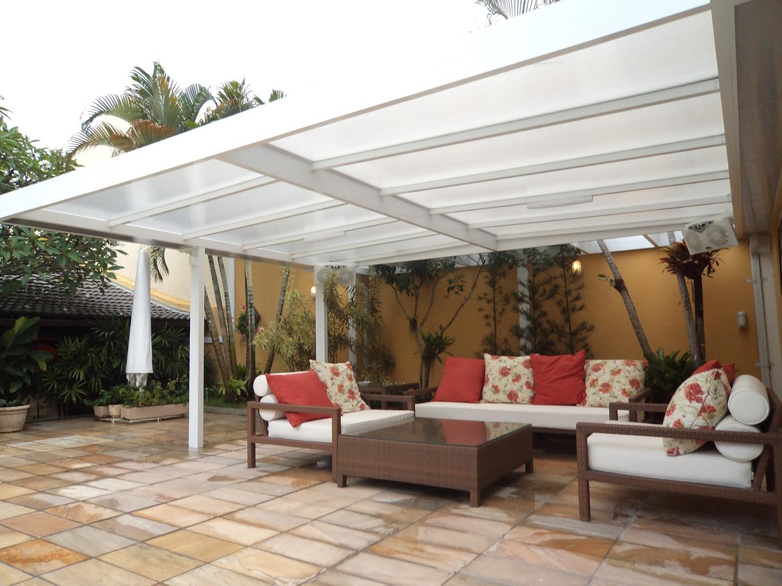 Limpeza em uma cobertura de policarbonato minimax toldos - Toldos para patios exteriores ...