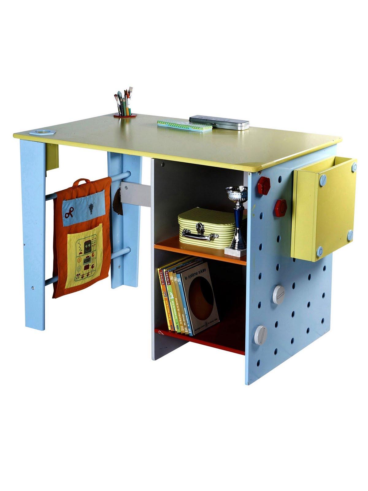 bureau vertbaudet fille vertbaudet chambre bebe fille chambre ado fille garon new york londres. Black Bedroom Furniture Sets. Home Design Ideas