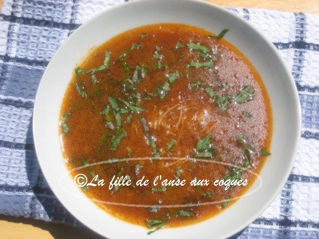 La fille de l 39 anse aux coques soupe express tomates - Soupe de tomate maison ...