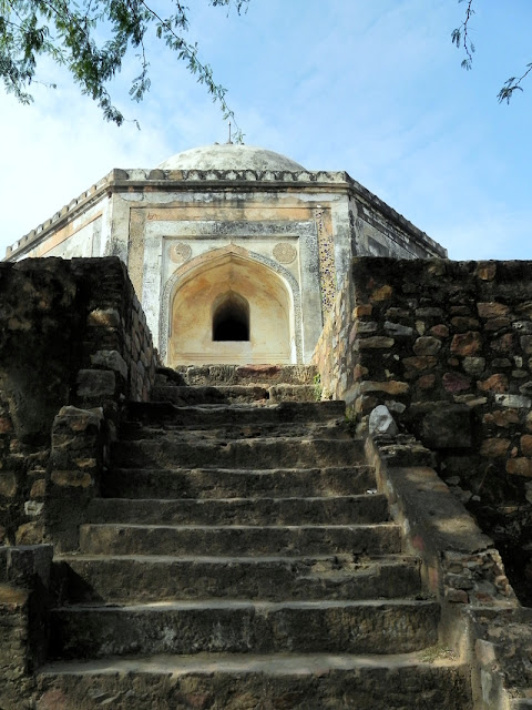 Tomb of Quli Khan or Dil-Kusha