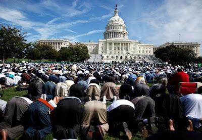 Hukum dan Cara Sholat Idul Adha
