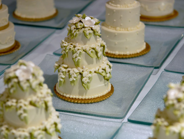The Awesometastic Bridal Blog Mini Wedding Cakes - Mini Wedding Cake Mold
