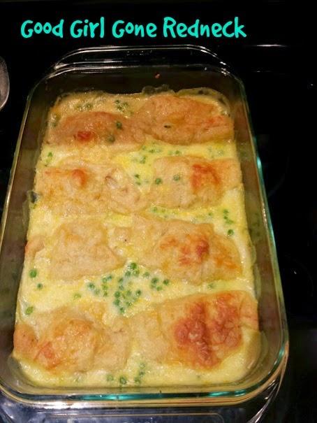 crescent rolls, chicken, casserole, dinner, delicious, comfort food