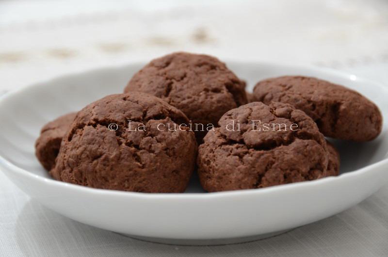 Biscotti Da Credenza Alice : La cucina di esme: biscotti cioccolato e ricotta