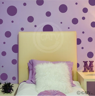 Purple bedroom ideas: Purple polka dots