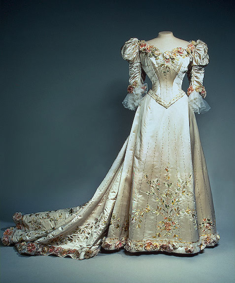 Local fashion: Evening dresses of the last Empress of Russia Alexandra Romanov Wedding Dress