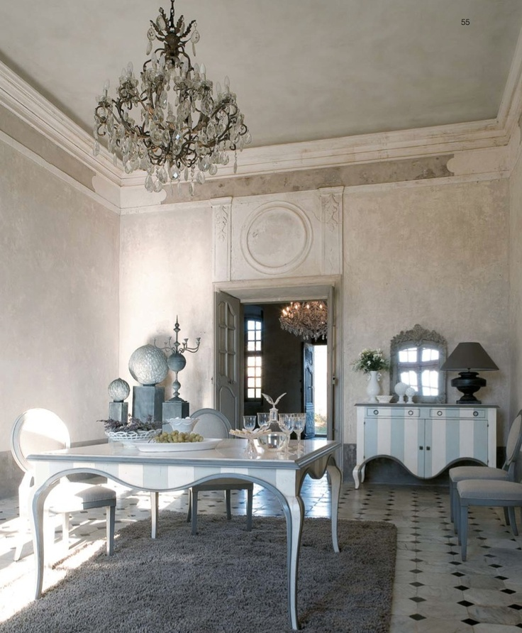 south shore decorating blog: beautiful french blue rooms and furniture