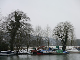 Boats on the Thames Path near Moulsford in January