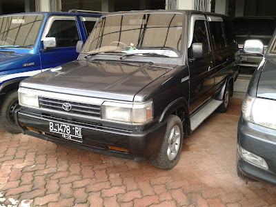 Jual Toyota Kijang Grandextra (LGX) 1.5 M/T 1995