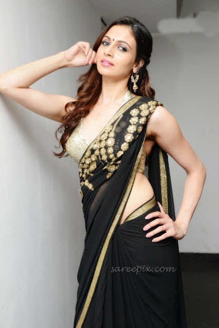 Simran_kaur_mundi_Potugadu_audio_launch