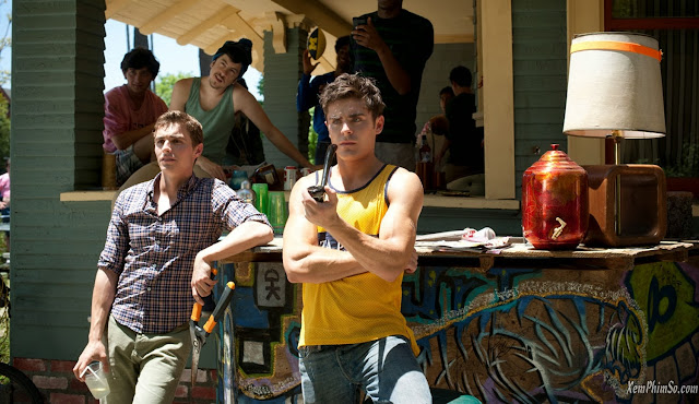 Hàng Xóm Ôn Dịch xemphimso Zac Efron Dave Franco and Christopher Mintz Plasse in Neighbors 2014