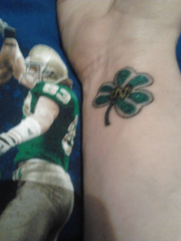 Wexford notre dame fan shows his pride with irish tattoo for Manti te o tattoo
