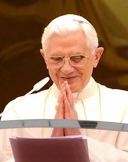 """""""A finalidade da Igreja é a salvação das almas, uma a uma"""" (Papa Bento XVI)"""