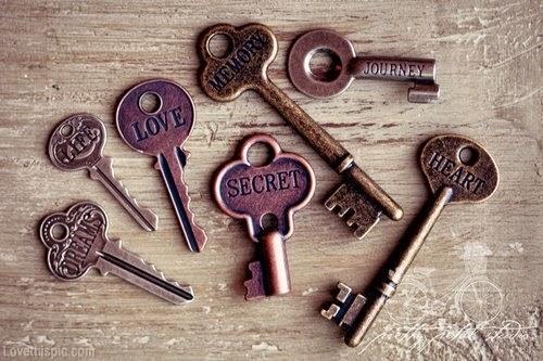 http://www.lovethispic.com/image/14755/vintage-keys