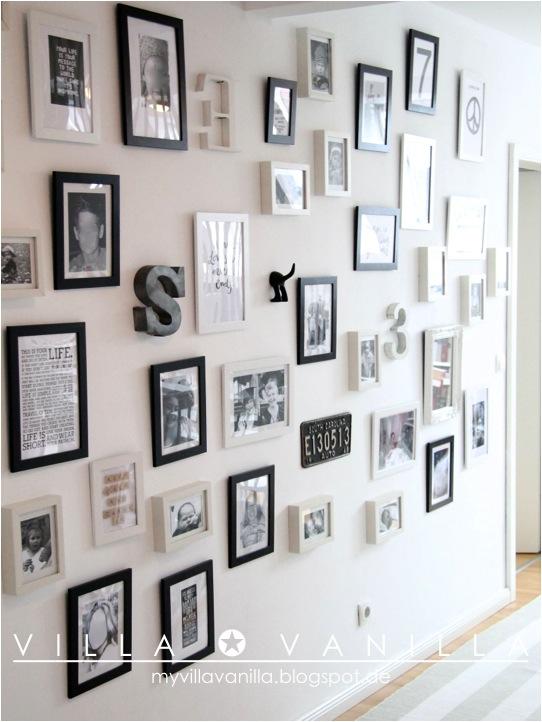 inspiracin una pared llena de marcos letras y laminas