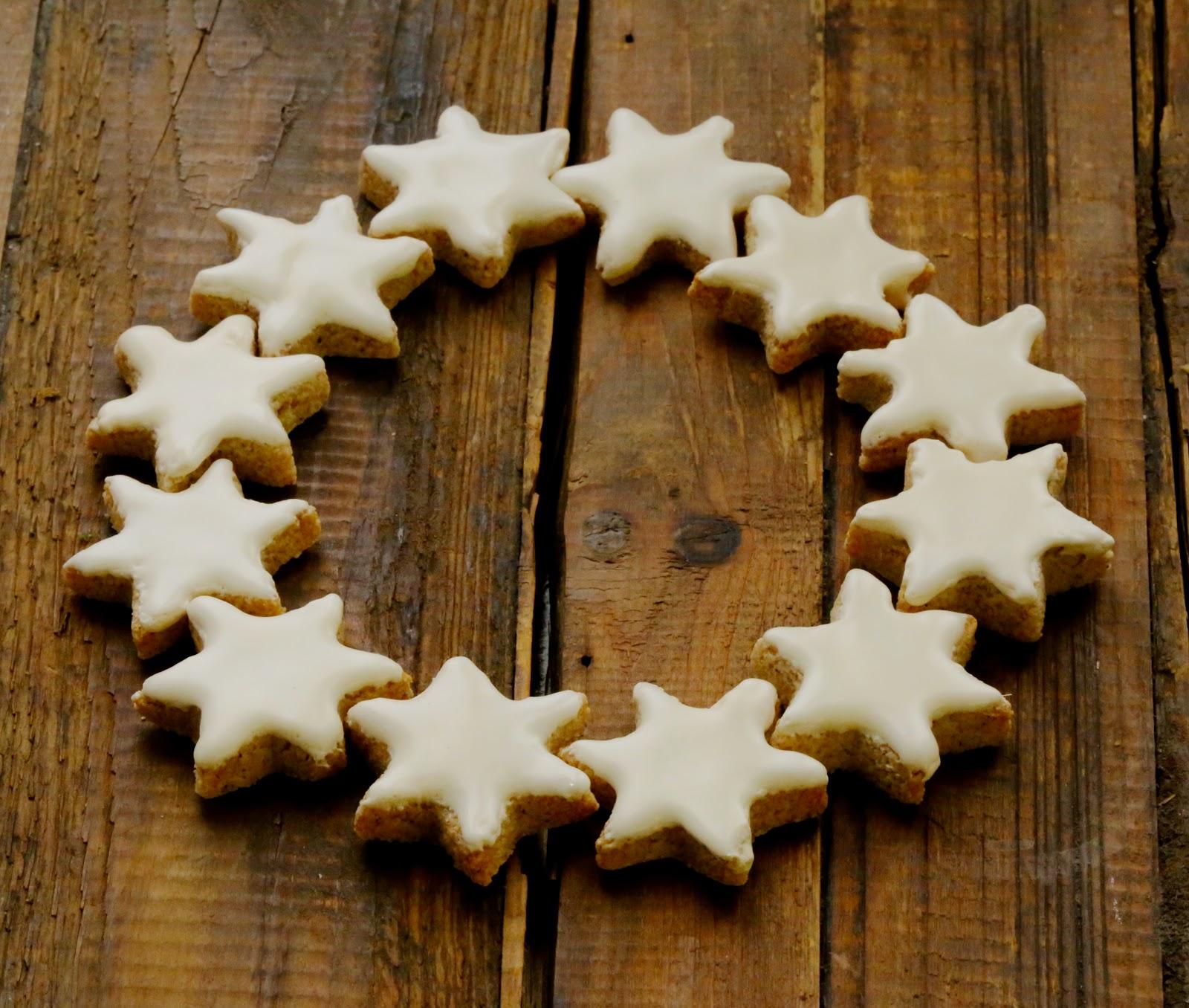 etoiles cannelle , zimsterne, gâteaux Noel , bredele