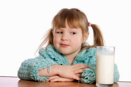 Mengapa Susu & Telur Sering Membuat Alergi