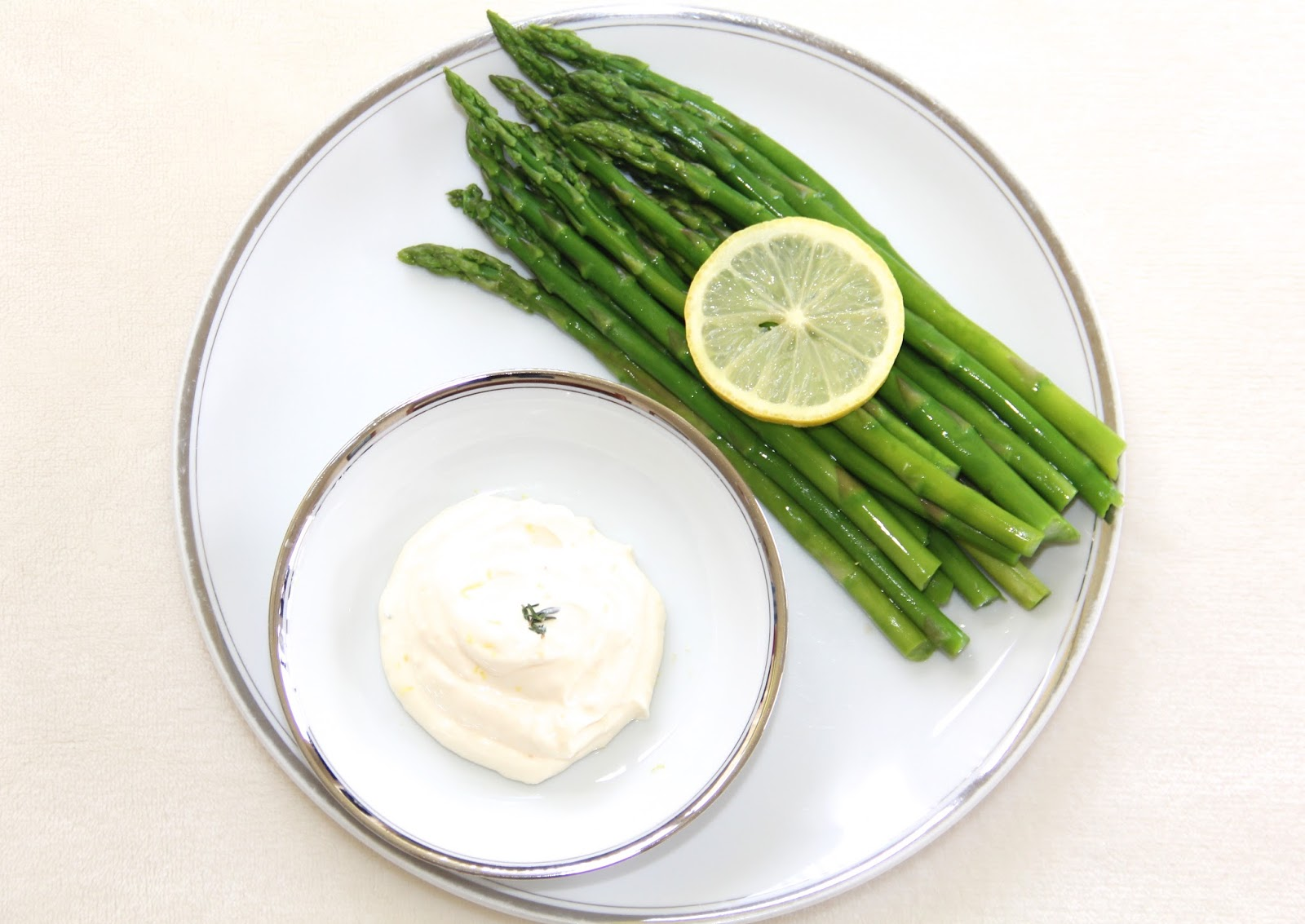 Blanched Asparagus w/ Lemon-Thyme Aioli @ Elizabeth, Marie, and Me
