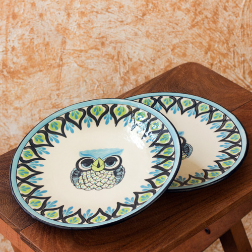 ... by Novica offers hand crafted and hand painted ceramics in cheerful blue and green on ivory surface. The owl shaped mugs ceramic bowl round plates ... & My Owl Barn: Owl Dinnerware by Roberto Perez