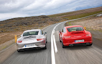 Porsche 911 Carrera both