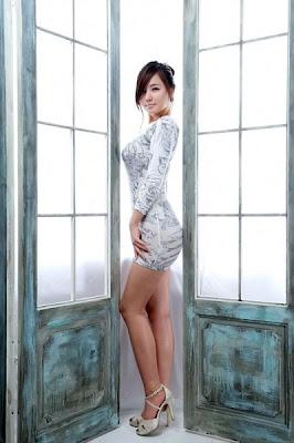 ... Binal Seksi Hot di situs kisah kentot hot tante nyepong kontol super
