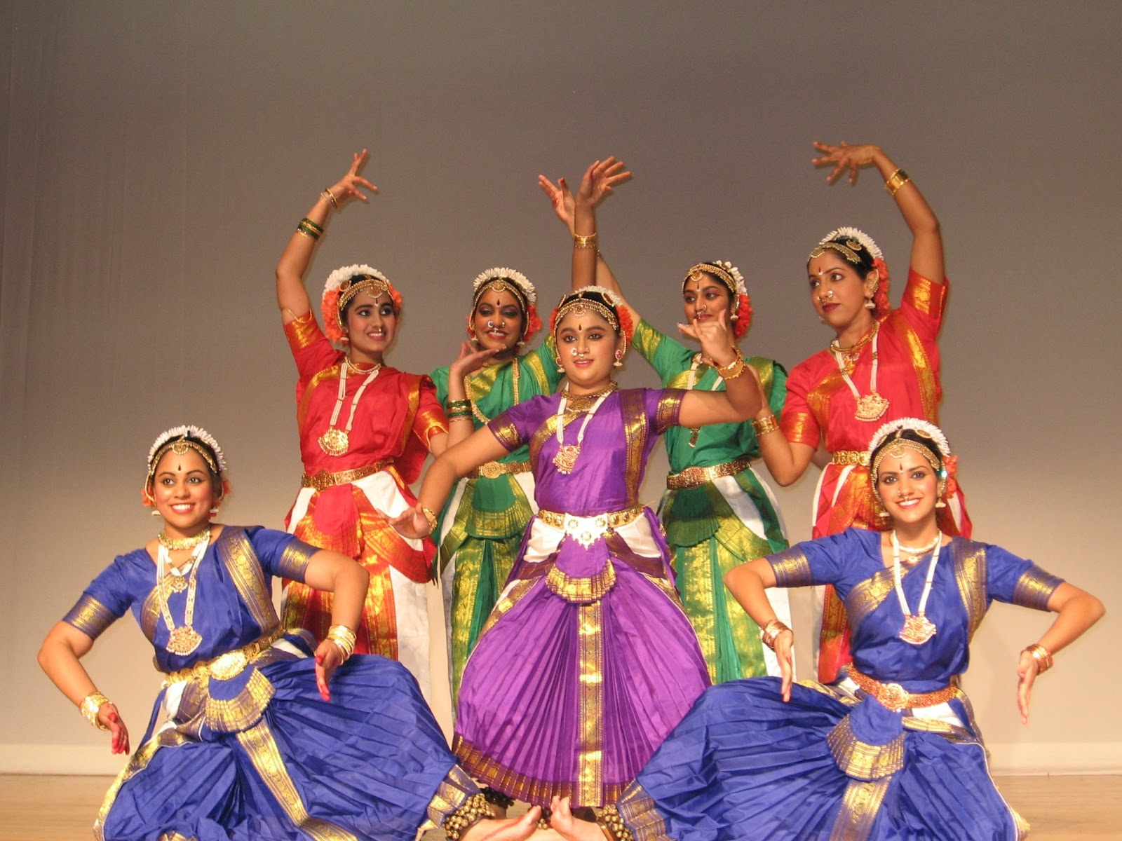 indian classical dance and music Find indian classical tracks, artists, and albums find the latest in indian classical music at lastfm.