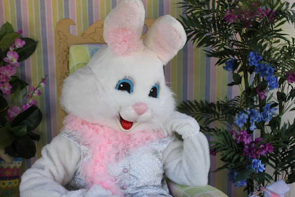 Easter Bunny at SEAPORT VILLAGE - NOW LOCATED INSIDE THE GAZEBO ... 'EAST PLAZA'