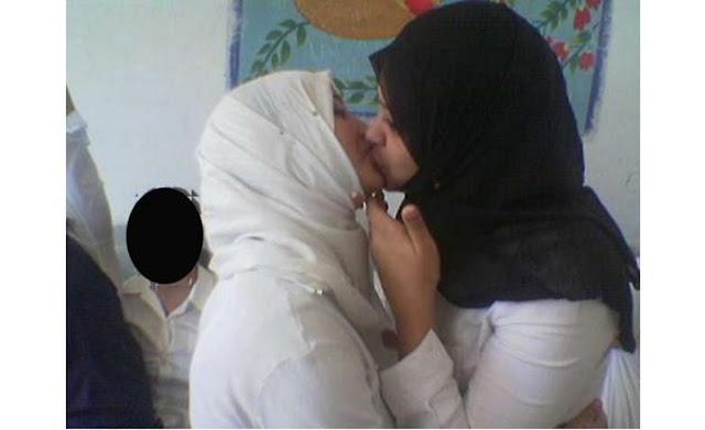 Yüze boşalma Türbanlı  Porno Resimleri Sex Gif  Erotic