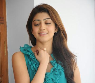 Beautiful Pranitha latest photos at attarintiki daredi movie interview