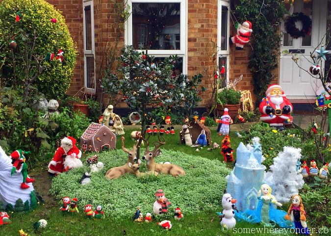 E17 London, Christmas garden