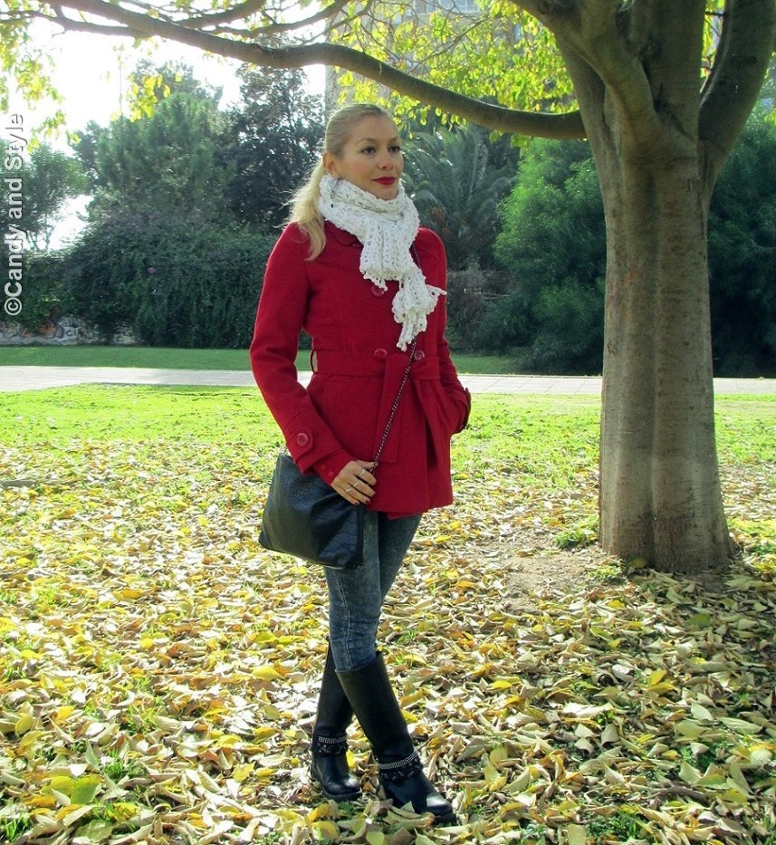 RedCoat, RedLipsCardigan, RedTurtleneckSweater, SkinnyJeans, BikerBoots, ChainCrossbodyBag, WhiteKnittedScarf - Lilli Candy and Style Fashion Blog