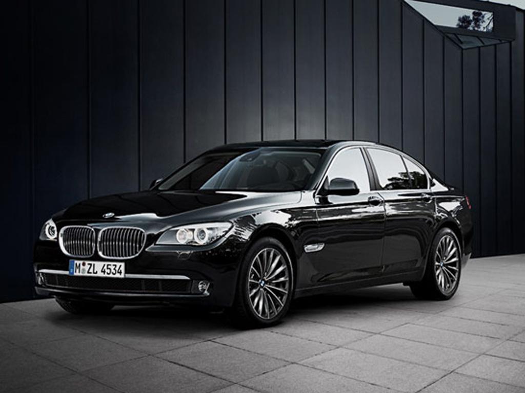 Automotive Database BMW 7 Series