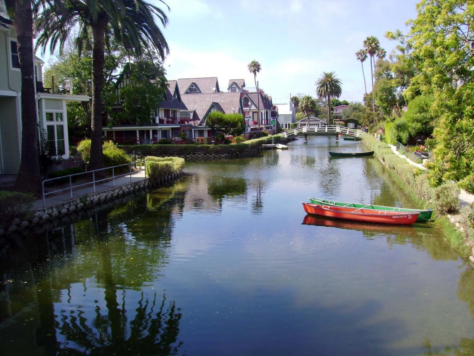 Long Beach New Tyork Canals