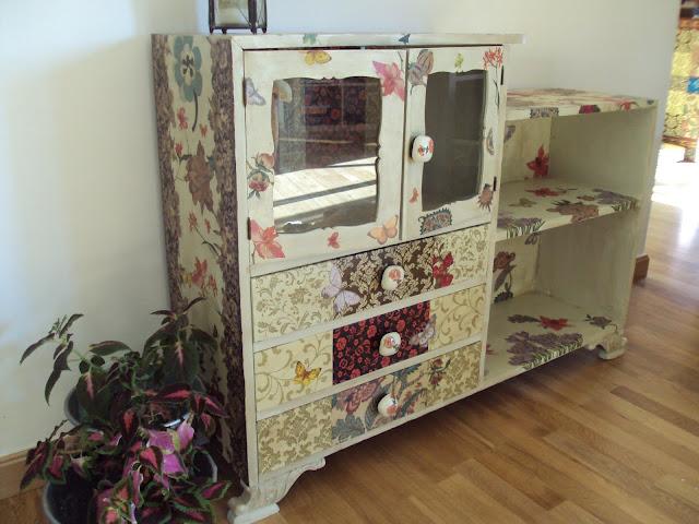 El desv n de mis trastos mueble customizado for Muebles el desvan