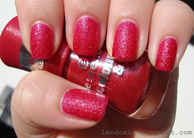 essence red and gold nail polish