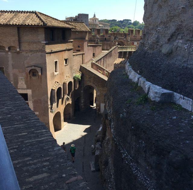 Blick von der Engelsburg auf Rom - Frühstück bei Emma unterwegs in Rom mit Kindern