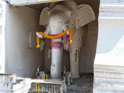 Chang Phuak (white elephant) Monument