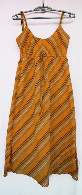 rochie lunga de vara din in cu dungi diagonale verzi si maro