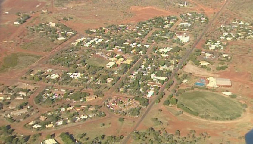 Halls Creek Australia  City new picture : Four feet firmly on the ground: Welcome to Halls Creek
