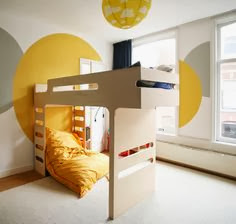 http://rafa-kids.blogspot.com.es/2013/05/rafa-kids-f-bunk-bed-in-yellow-room.html
