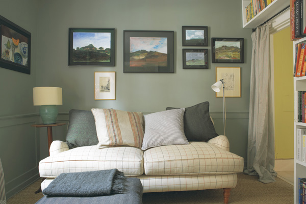 Green Walls Living Room Colour Schemes